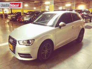 AUDI A3 1.2 TFSI  Attraction 2014